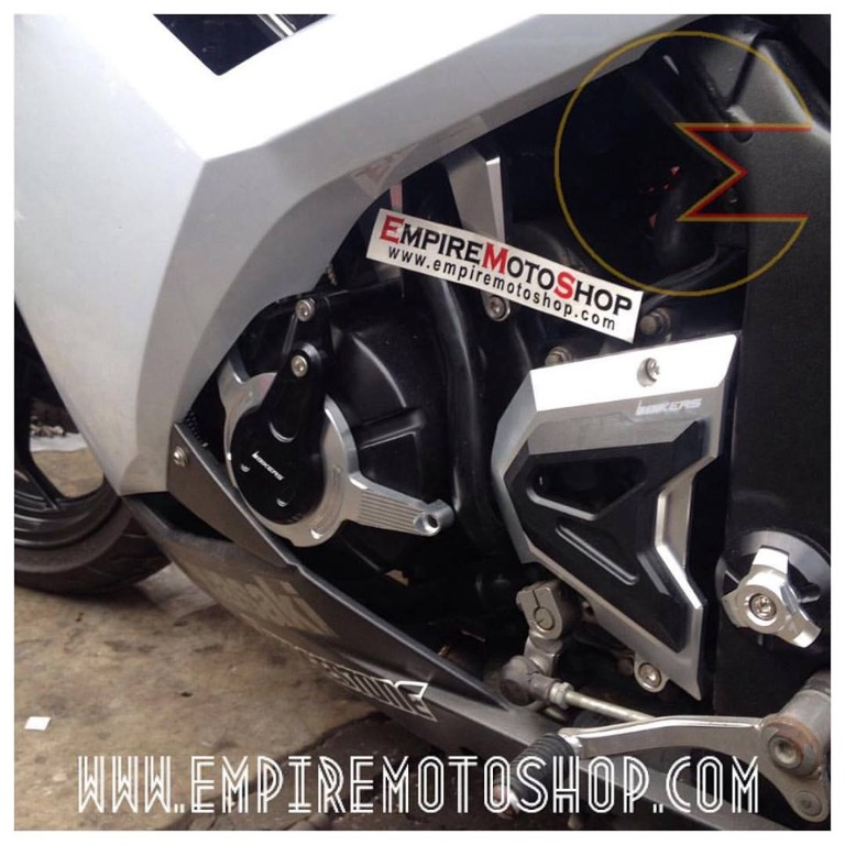Cover Engine Bikers Silver Ninja 250 FI Terpasang